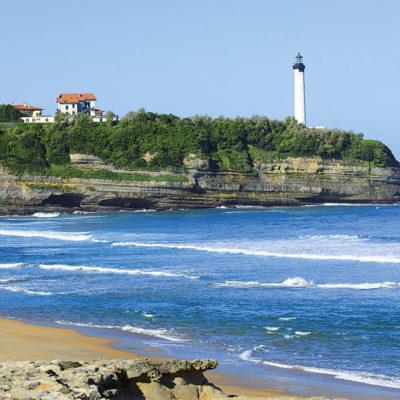 Le phare de Biarritz et la côte basque d'Anglet