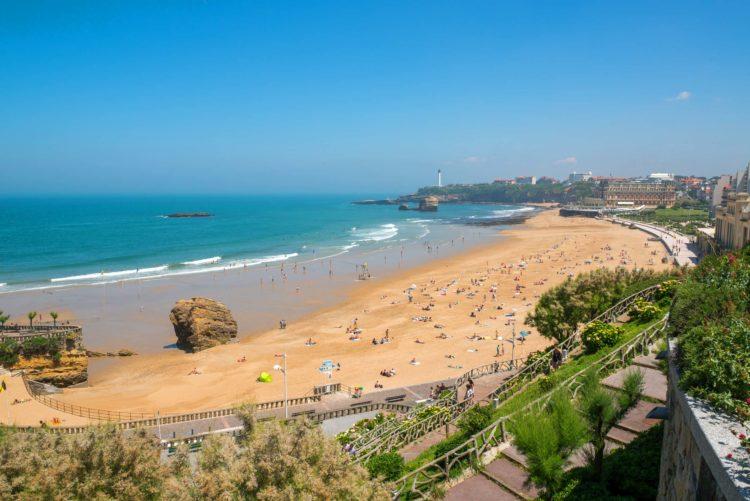 grande plage de biarritz pays basque alday immobilier
