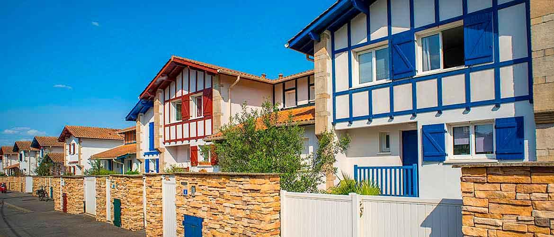 hameau aguilera biarritz villas