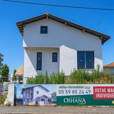 maison individuelle villas Oihana à Anglet pays basque jardin terrasse garage